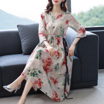Dress Summer 2021 Picture color M L XL 2XL 3XL longuette singleton  Long sleeves commute V-neck middle-waisted Decor Socket A-line skirt routine 30-34 years old Type A Mu Yixin lady printing XBH6829 More than 95% brocade other Other 100% Pure e-commerce (online only)