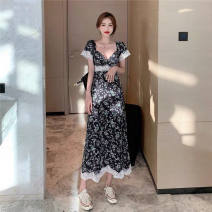 Dress Summer 2021 Picture color S size suggests less than 90 kg, M size suggests less than 90-100 kg, L size suggests about 100-110 kg, XL SIZE suggests about 110-120 kg, 2XL size suggests about 120-130 kg longuette singleton  Short sleeve commute V-neck Broken flowers A-line skirt routine A150