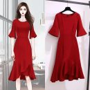 Dress Summer 2021 Red, black M [within 95 Jin] , L【95 - 110 kg] , XL【115 - [120 kg] , 2XL【120 - 135 kg] , 3XL 【135 - 155】 , 4XL 【155 - 165】 Splicing, swallow tail 81% (inclusive) - 90% (inclusive) other