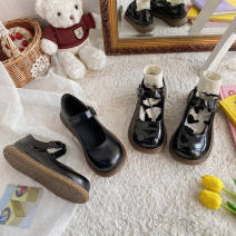 Low top shoes 35,36,37,38,39 The south is in the south Black, black, bright Round head PVC chemical fiber Flat bottom Flat heel (1cm or less) Shallow mouth Two layer pigskin Spring 2021 Flat buckle Korean version Solid color Composite bottom T-strap  waterproof PU