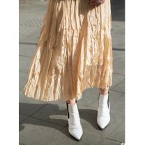 skirt Summer 2021 S, M Gold, black, gray, dark blue Mid length dress commute High waist Pleated skirt Solid color Type A 25-29 years old More than 95% Chiffon other Stitching, pleating, buttons, solid Korean version
