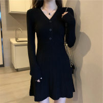 Dress Winter 2017 Black, white S,M,L Other / other