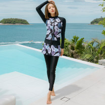 Split swimsuit Zhimo Five piece set M,L,XL,XXL Skirt split swimsuit With chest pad without steel support Nylon, spandex YYH201905091356 female Crew neck