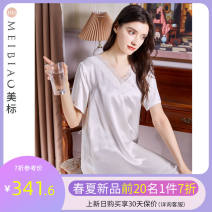 Nightdress American Standard 020752 white 020752 French cherry red 160(M) 165(L) 170(XL) 175(XXL) luxurious Short sleeve pajamas Middle-skirt summer Solid color youth V-neck silk lace More than 95% silk twenty thousand seven hundred and fifty-two 200g and below Summer 2021 Mulberry silk 100%
