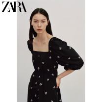 Dress Spring 2021 black XS (160/80A) S (165/84A) M (170/88A) L (175/96A) Mid length dress singleton  Long sleeves Sweet square neck middle-waisted other Socket routine 25-29 years old Type A ZARA 00881801800-30 81% (inclusive) - 90% (inclusive) polyester fiber Polyester 85% cotton 15% Ruili