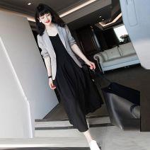Women's large Autumn of 2019 Single blazer, single suspender skirt, suit + suspender skirt M [recommended 80-100 kg], l [recommended 100-115 kg], XL [recommended 115-130 kg], 2XL [recommended 130-150 kg], 3XL [recommended 150-170 kg], 4XL [recommended 170-200 kg] Two piece set other Self cultivation