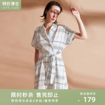 Dress Summer of 2019 white 155/80A/S,160/84A/M,165/88A/L,170/92A/XL Middle-skirt singleton  Short sleeve commute middle-waisted double-breasted Big swing 25-29 years old Type X Naivie Ol style Frenulum 194D60816-21 More than 95% other cotton