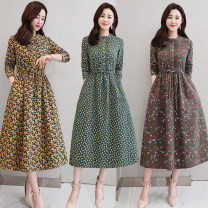 Dress Spring of 2019 Brown, green, yellow M,L,XL,2XL Mid length dress singleton  Long sleeves commute Crew neck middle-waisted Broken flowers Socket Big swing shirt sleeve Others Type A Other / other Retro Button XSYG803 More than 95% other cotton