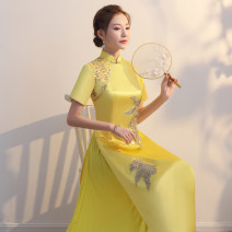 cheongsam Autumn of 2019 S ml XL 2XL 3XL 4XL 5XL custom size Yellow white red Short sleeve long cheongsam ethnic style High slit perform Oblique lapel Solid color Over 35 years old Embroidery QP 1099 A thousand thoughts other New polyester 80% other 20% Pure e-commerce (online only)