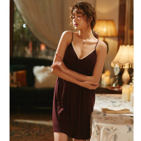 Nightdress 191030 maroon with chest pad, detachable L