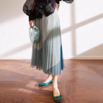 skirt Spring 2021 Average size Black, dark green, cinnamon longuette fresh High waist Splicing style Type H BQ00724 91% (inclusive) - 95% (inclusive) other The magic magician of Oz polyester fiber