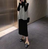 Fashion suit Autumn of 2019 Average size Grey vest, khaki vest, black dress, grey dress 18-25 years old