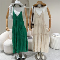 Dress Spring 2021 Green, apricot, black, white Average size 18-24 years old 51% (inclusive) - 70% (inclusive)