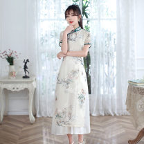 cheongsam Summer 2021 M L XL XXL XXXL 4543 decor 4545 decor 4544 Decor 4540 flower blue 4539 flower blue Short sleeve Short cheongsam Retro Low slit daily Oblique lapel Decor 25-35 years old Piping Yijiahong polyester fiber Polyester 100% Pure e-commerce (online only)