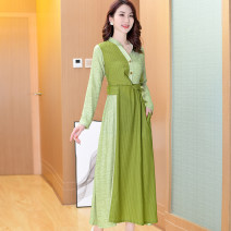 Dress Summer 2020 green S,M,L,XL,2XL Mid length dress singleton  Long sleeves Sweet V-neck middle-waisted stripe zipper A-line skirt other Others 30-34 years old Type A C50 91% (inclusive) - 95% (inclusive) other polyester fiber Countryside