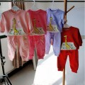Sweater / sweater Bourbon / wave step 6073 giraffe long sleeve suit rose red 6073 giraffe long sleeve suit purple 6073 giraffe long sleeve suit pink 6073 giraffe long sleeve suit red size is small, it is recommended to take a big size neutral 90cm 100cm 110cm 120cm 130cm spring and autumn nothing