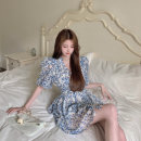 Dress Summer 2021 Picture color S, M Short skirt singleton  Short sleeve commute V-neck High waist Broken flowers other Big swing puff sleeve Others 18-24 years old Type A Other / other Korean version 51% (inclusive) - 70% (inclusive) Chiffon other
