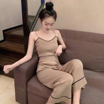 Fashion suit Spring 2020 Average size Khaki, black 18-25 years old Other / other 51% (inclusive) - 70% (inclusive)