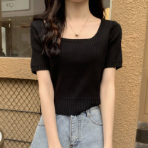 T-shirt White, purple, green, yellow, black, orange, rose red Average size Summer 2021 Short sleeve square neck Straight cylinder have cash less than that is registered in the accounts routine commute other 30% and below 18-24 years old Korean version