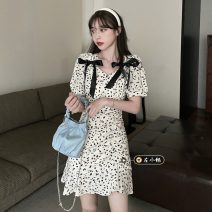Dress Summer 2021 White, black S, M Short skirt singleton  Short sleeve commute V-neck High waist Broken flowers Socket A-line skirt puff sleeve 18-24 years old Type A Korean version 30% and below other other