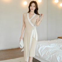 Dress Summer 2020 Khaki (with shoulder pads) S,M,L,XL Miniskirt singleton  Sleeveless commute V-neck middle-waisted Solid color other One pace skirt Others Other / other Korean version 81% (inclusive) - 90% (inclusive) knitting cotton