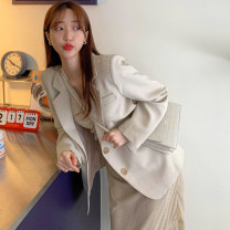 short coat Autumn 2020 S, M Apricot coat, grey coat, apricot skirt, red skirt routine routine singleton  commute Solid color 18-24 years old Other / other