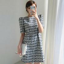 Dress Summer 2020 Apricot, black S, M Short skirt singleton  Short sleeve commute Crew neck 18-24 years old Other / other Korean version