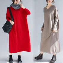 Women's large Autumn of 2018 Red, black, khaki, blue Big size average sweater singleton  easy moderate Socket Long sleeves V-neck Bat sleeve 25-29 years old 30% and below longuette