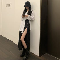 Fashion suit Autumn 2020 S,M,L White T-shirt, black skirt 18-25 years old Other / other 81% (inclusive) - 90% (inclusive) cotton