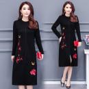 Dress Autumn 2020 black M. L, XL, 2XL, 3XL, XXXs pre-sale Mid length dress singleton  Long sleeves commute Crew neck Socket routine Korean version 81% (inclusive) - 90% (inclusive)