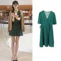 Dress Summer 2020 green S,M,L,XL Short skirt singleton  Short sleeve commute V-neck High waist Broken flowers other A-line skirt puff sleeve Other / other Retro