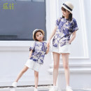 Parent child fashion Grey print top, white shorts Women's dress female Happy to go S, m, l, 110, 120, 130, 140, 150 BT-571 summer leisure time Thin money other suit cotton BT-571 Cotton 98% other 2% Class B Chinese Mainland