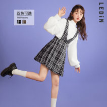 Dress Winter 2020 Black and white check (stock), neutral check (stock) S,M,L Mid length dress singleton  Long sleeves Sweet straps 18-24 years old Leting CWFAA4869 More than 95% other solar system