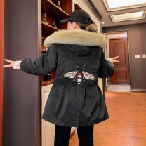Cotton padded clothes Black, blue, beige Average size Winter 2020 Small four original Medium length Long sleeves thickening zipper commute Hood routine Straight cylinder Solid color Korean version T213 post embroidery bee thickening With fur collar, embroidery, pocket, zipper cotton Cotton 71% - 80%