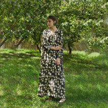 Women's large Spring 2021 Picture color Large L, M Dress singleton  Sweet easy moderate Socket Long sleeves Plants and flowers V-neck printing and dyeing Q130 The robe of Dancing Flower meat pocket longuette Bohemia