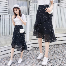 skirt Spring of 2019 Versatile High waist A-line skirt Type A 18-24 years old 91% (inclusive) - 95% (inclusive) Chiffon