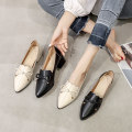 Low top shoes 32,33,34,35,36,37,38,39,40,41,42 Other / other Black, apricot Sharp point Superfine fiber Thick heel Middle heel (3-5cm) Deep mouth Superfine fiber Spring 2020 Trochanter Britain Adhesive shoes Youth (18-40 years old), middle age (40-60 years old) Solid color rubber Single shoes daily