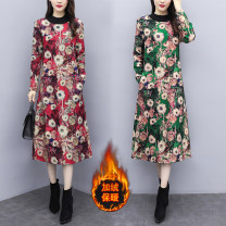 Dress Winter 2020 Red, green M,L,XL,2XL,3XL,4XL Mid length dress singleton  Long sleeves commute Crew neck Loose waist Decor Socket A-line skirt routine Type A ethnic style 81% (inclusive) - 90% (inclusive) Wool cotton