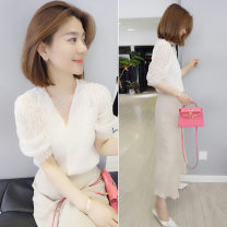 shirt Off white shirt, apricot skirt, white shirt, pink skirt, white shirt a, white shirt B, white shirt C, color matching shirt S,M,L,XL Autumn 2020 polyester fiber 96% and above Sleeveless street Regular Socket routine Straight cylinder bobowaltz B192y04457p Europe and America