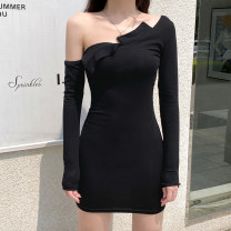 Dress Autumn 2020 black S,M,L Short skirt singleton  Long sleeves street other High waist Solid color Socket One pace skirt routine Others 18-24 years old Type H Resin fixation DLD5553W0H 91% (inclusive) - 95% (inclusive) other cotton