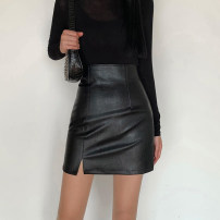 skirt Winter 2020 S,M,L black Short skirt street High waist skirt Solid color Type H 18-24 years old DLD9004W0K 91% (inclusive) - 95% (inclusive) other polyester fiber Resin fixation, split Europe and America