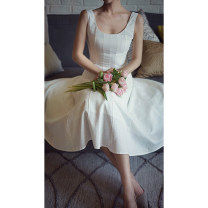Dress Summer 2021 This is white XS [spot], s [pre-sale in early May], m [pre-sale in early May], l [spot] Mid length dress singleton  Sleeveless commute Crew neck High waist Solid color zipper A-line skirt routine Others 25-29 years old Type A Retro