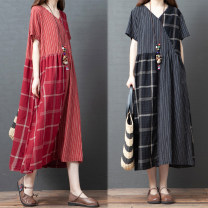Dress Summer 2020 Black, red M [recommended 125 kg], l [recommended 125-135 kg], XL [recommended 135-150 kg], 2XL [recommended 150-170 kg] Mid length dress singleton  Short sleeve commute V-neck Loose waist other Socket routine 35-39 years old Korean version Pockets, stitching cotton
