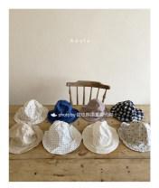 Hat Average size Blue, black, beige, mocha, polka, beige, white Average size currency BP Versatile