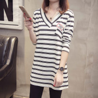 T-shirt White Stripe Black Stripe XL XXL XXXL XXXXL Autumn of 2019 Long sleeves V-neck easy Medium length routine commute other 96% and above 25-29 years old Korean version Diwei D19QT610823 Other 100% Pure e-commerce (online only)