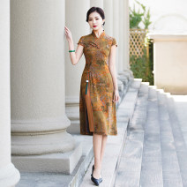 cheongsam Summer 2021 M L XL 2XL 3XL 4XL 5XL yellow Short sleeve long cheongsam Retro High slit daily Oblique lapel Decor Over 35 years old Piping YS-20210322030 Cryptomeria fortunei other Other 100% Pure e-commerce (online only) 96% and above