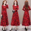 Dress Winter 2020 Red green L XL 2XL 3XL 4XL 5XL Mid length dress singleton  Long sleeves commute V-neck middle-waisted Socket A-line skirt routine Others 40-49 years old Type A My flowers Korean version WHYY2020091124 31% (inclusive) - 50% (inclusive) cotton Kapok 50% polyester 50%