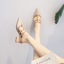 Sandals 35,36,37,38,39,34 Apricot, black Double skin mulching Ocnltiy Baotou Thick heel Middle heel (3-5cm) Summer 2021 Trochanter grace Solid color Adhesive shoes rubber daily Back space Low Gang Hollow Microfiber skin Microfiber skin Roman shoes Patent leather