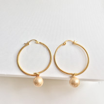 Earrings Alloy / silver / gold 101-200 yuan Other / other Pearl and gold brand new female Europe and America goods in stock Fresh out of the oven Not inlaid other