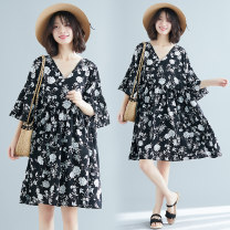 Dress Summer 2020 Picture color L [recommended 100-135 kg], XL [recommended 135-170 kg] Middle-skirt singleton  elbow sleeve commute V-neck Loose waist Socket A-line skirt routine Others Type A literature 51% (inclusive) - 70% (inclusive) Chiffon polyester fiber